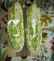 Édes margarétás zöld tornacipő (39)