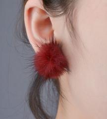 Szőrmés fülbevaló