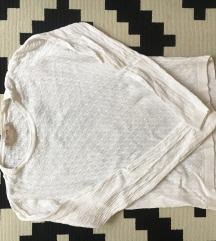 Fehér pullcsi