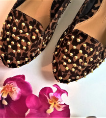 leopard print loafers  37
