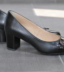 Bőr elegáns magassarkú cipő 35-ös