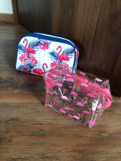 H&M, DM flamingós neszesszerek
