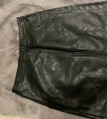 Sötétzöld bőrhatású szoknya