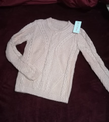 Új kötött pulover