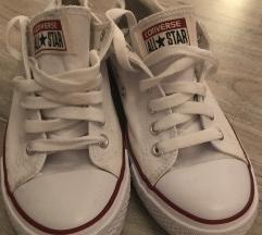 Fehér converse cipő