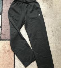 Dombos fekete melegítő nadrág - S