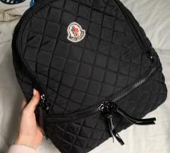 Fekete Moncler hátizsák