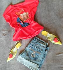 Új Piros cipős póló