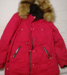Eladó piros női kabát!