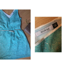 Kék csipkés ruha