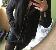 Fekete tavaszi kabát
