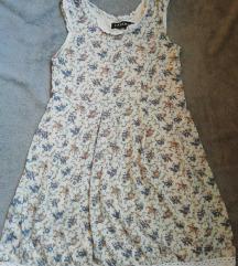 Vintage stilusú, virágmintás nyári mini ruhácska