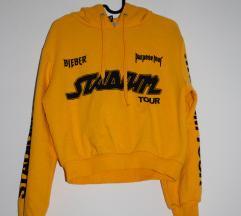 H&M x Bieber tour pulcsi
