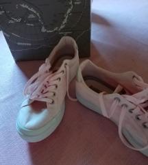 Eredeti napapirji rózsaszín platform cipő