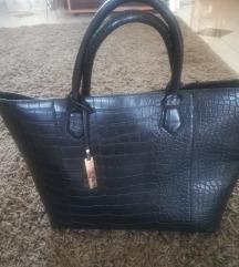 Nagy fekete pakolós táska