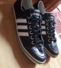 38 2/3 Adidas Neo Label