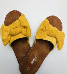 Sárga papucs