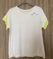 Magenta szivecskés póló S1