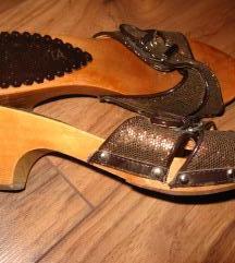 36-os fa papucs
