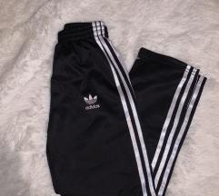 Adidas nadrág