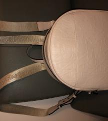Eredeti Armani púder bőr hátizsák