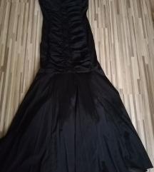 Sellő fazonú alkalmi ruha