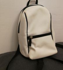 Fekete-fehér mini hátitáska