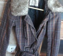Clockhouse brna kockás kabát