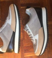 zara trf sneaker 38