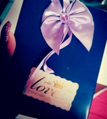 Cuki ajándék
