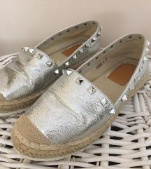 Ezüst cipő