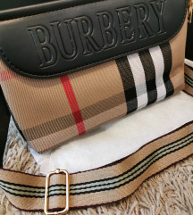 ÚJ Burberry táska 🤎🤍