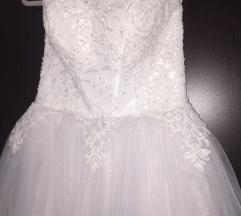 Menyasszonyi ruha Ajándék új abroncs!!!