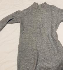 Hosszú kötött pulcsi
