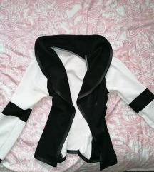 fekete fehér blézer