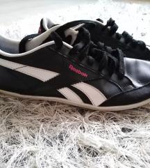 Reebok cipő