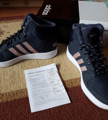 Adidas átmeneti cipő