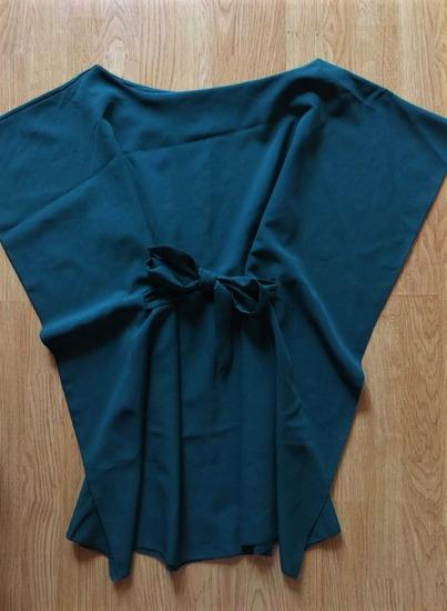 OLASZ smaragdzöld lepel ruha
