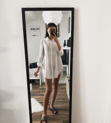 Hosszú fehér ing
