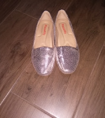 ezüst topánka