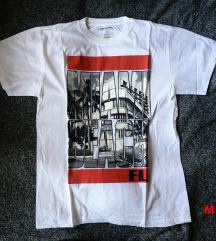 Új férfi pólók Amerikából M méretben.