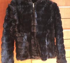 Illaria Silvestri fekete műszőrme új dzseki