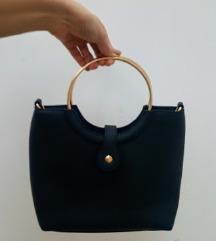 /LEÁRAZVA/ Fekete táska (egyszer viselt)