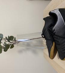 Kipsta teremfutball cipő