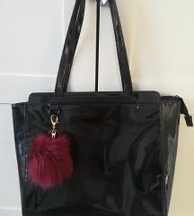 Carpisa fekete lakk táska