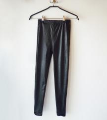 Bőr hatású leggings - foglalva