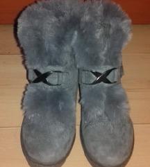 Szőrmés-szőrös cipő