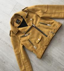 C&A sárga kabát