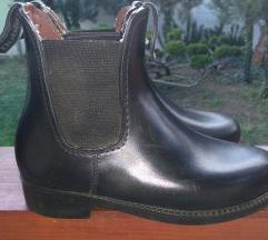 Lovagló cipő