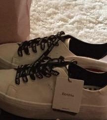 Bershka platform cipő